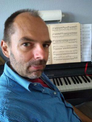 Victor Bense, piano, bij de Kijkdoos